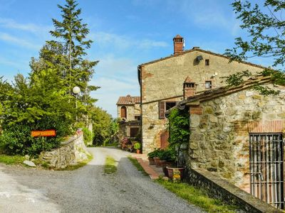 Photo for Agri-tourism Borgo di Montacuto, Civitella Paganico  in Um Siena - 6 persons, 2 bedrooms