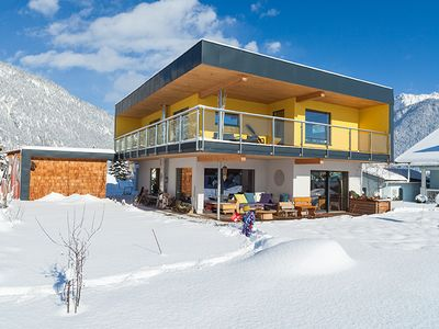 Photo for Sunny Alpenchalet: 10 min of Austria's largest ski area