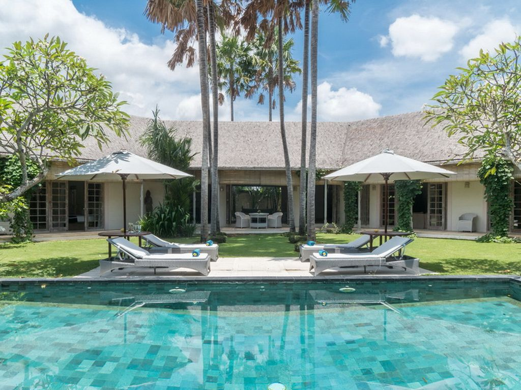 Bali Luxury 2 Bedroom Villas Palma, luxury 2 Bedroom Villa, near the Beach, Berawa, Canggu