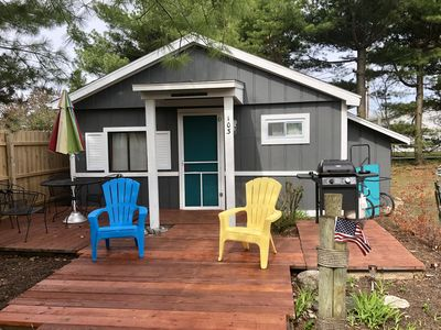 Special Offer! Super close to Lake Huron located in downtown Oscoda (Cabin 103)
