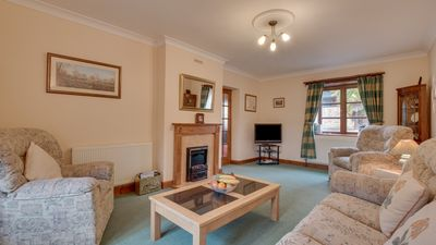 Photo for Wyfold Cottage - Three Bedroom House, Sleeps 6