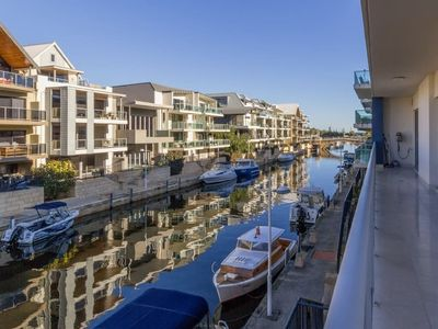 Photo for Luxurious Mandurah Marina Apartment
