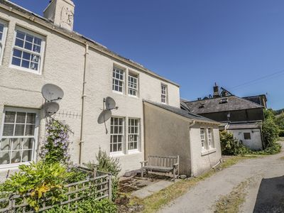 Photo for BALMORE, family friendly, with open fire in Kenmore, Ref 952594