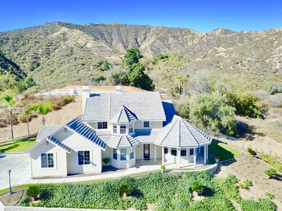 Photo for ~Lofty Manor~ Gorgeous Home, Endless Views! Minutes from Oak Glen CA
