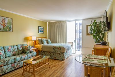 492sq feet + large balcony - this is one of the largest studios in Waikiki !