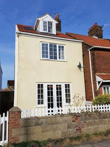 Photo for This 3 storey cottage enjoys stunning views to the front and back over Beeston Bump and Common.