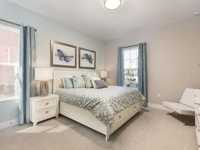 Photo for Summerville Resort - 5 Bed / 6 Bath Townhome (SMV1O7)
