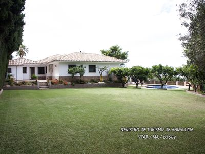 Photo for Villa Mi Rincon, garden, swimming pool and tennis court