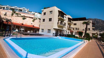 Photo for Yelken enjoys a convenient location with Panoramic views of Kalamar Bay
