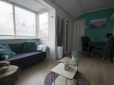Photo for Strandhuis Jans! Cozy cottage located 2 minutes walk from the beach.
