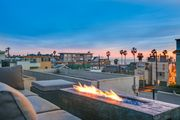 Modern Venice Beach Home with Rooftop Ocean View and Firepit
