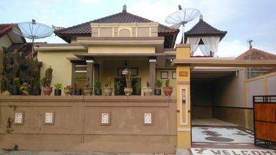 East Bali Luxury House with 3 Bedrooms