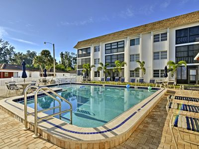 Photo for Siesta Key Condo - 5-Minute Walk to Crescent Beach