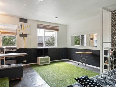 Photo for Beautiful 3 Bed House, Sleeps 7 nr Notting Hill