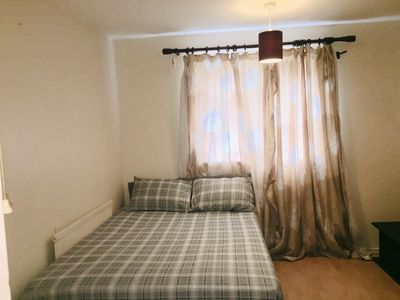 Photo for Spacious double bedroom in a friendly home