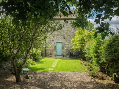 Photo for WEST WING COTTAGE, pet friendly, with open fire in Hexham, Ref 928401