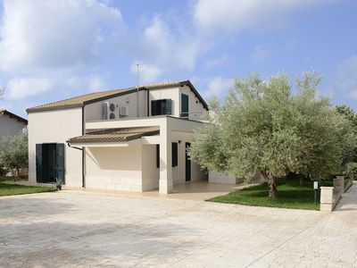 Photo for Bright villa with terrace and garden of olive trees