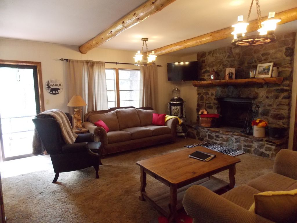 Updated mountain side two story cabin! Minutes from town ...