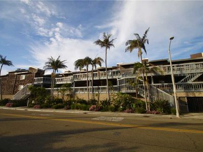 Photo for LOCATED ON THE BEACH, OCEAN VIEW: 1 BEDROOM CONDO-31 DAY MINIMUM STAY.