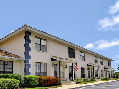 Photo for Relaxing townhouse condo w/ heated pool near family park