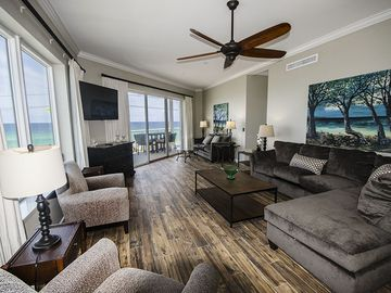 **LOOK** at these Gulf Views, GORGEOUS Large Condo and Pet Friendly Beach Servic