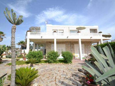 Photo for Cozy Holiday Home in Santa Croce Camerina by Sea