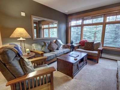 Photo for This is a beautiful 2 bedroom ski-in ski-out condo sleeping 9. The master bedroom has a king bed and the guest room has 2 queens, perfect for the children. The amenities are some of the best in Keystone with a beautiful outdoor pool and hot tub, Steam room