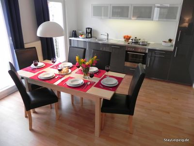 Photo for 3Zi.-Apartment 'Karl-Heine', perfectly located apartment in Plagwitz (WLAN)