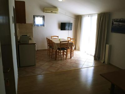 Photo for One bedroom apartment with terrace and sea view Vrsi - Mulo, Zadar (A-14250-c)