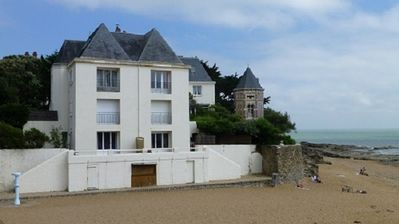 Photo for Very cosy duplex apartment by the beach