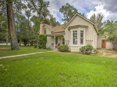 Photo for Victorian on Cottonwood Creek - Walk to Downtown!