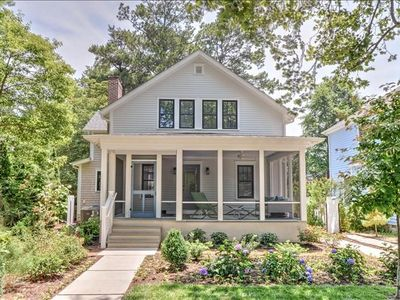 South Rehoboth Contemporary Chic Home!