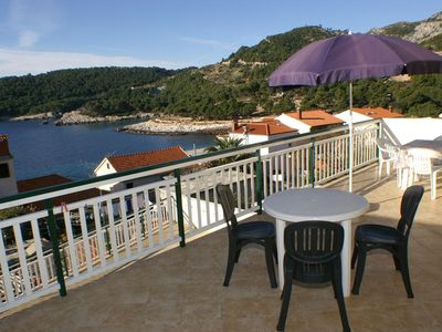 Photo for Studio flat with terrace and sea view Milna (Hvar)