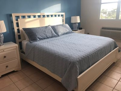 Master bedroom King size sealy Mattress