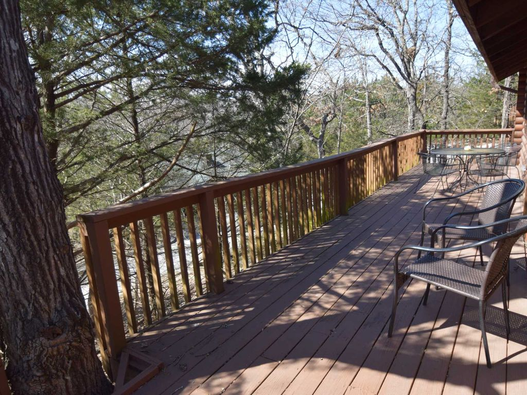 2bd bw 156 branson woods 2 bedroom log cabin indoor for Branson mo cabins with indoor pool
