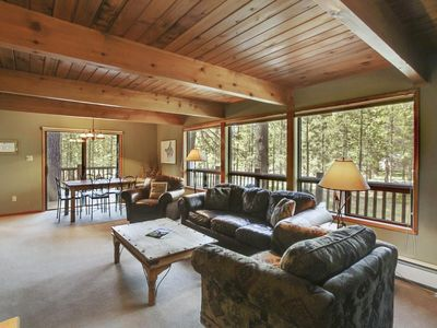 Photo for Relaxing Remodeled Home w/ WiFi, Fireplace, Hot Tub & Free Sharc Passes!