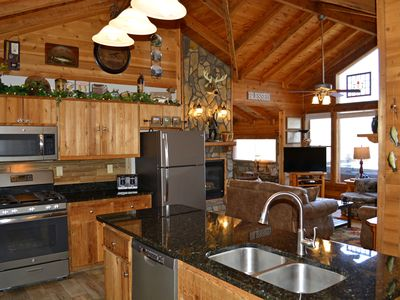 Photo for Cozy/Romantic Cabin, Mountain View, Hot Tub! Top Rated! Low as $100/night
