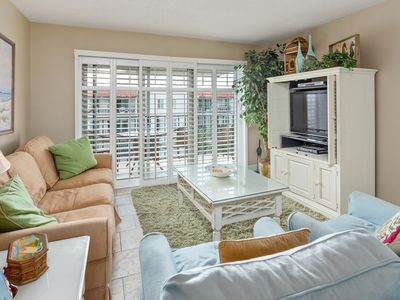 Photo for 2BR Condo Vacation Rental in St Simons Island, Georgia