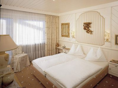 Photo for Country-style double room with balcony - Moisl, Genuss- und Vitalhotel
