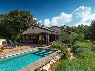 Photo for Amazing eco villa with pool in a birds reservate