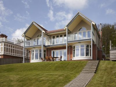 Photo for Luxury 5* Gold Award seaside house in Seaivew, Isle of WIght