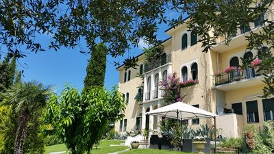 Photo for Luxury 3 Rooms (6 people) B&B with Parking, WI-FI and A/C in Salo, Lake Garda
