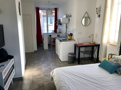 Photo for Large studio in an urban cottage - Free and easy sationnement
