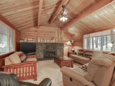 Photo for Rustic, dog-friendly cabin w/ private hot tub, game tables, & 8 SHARC passes