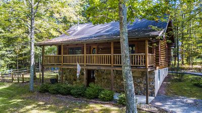 Photo for Charming log cabin close to area activities!