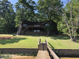 Photo for 5BR House Vacation Rental in Camden, South Carolina