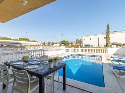 Photo for Vacation home Requesens in Empuriabrava - 8 persons, 4 bedrooms