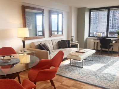 Photo for BEAUTIFUL 1br w/PRIVATE BALCONY & RIVER VIEWS - GYM, POOL, DECK, LOUNGE, DOORMAN