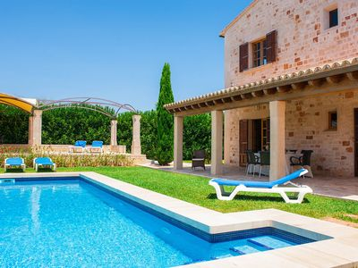 Photo for Villa Bassa des Castellet: Large Private Pool, A/C, WiFi