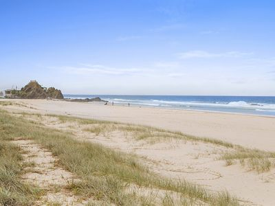 Sandy Cove Unit 1 - Absolute beachfront in Currumbin